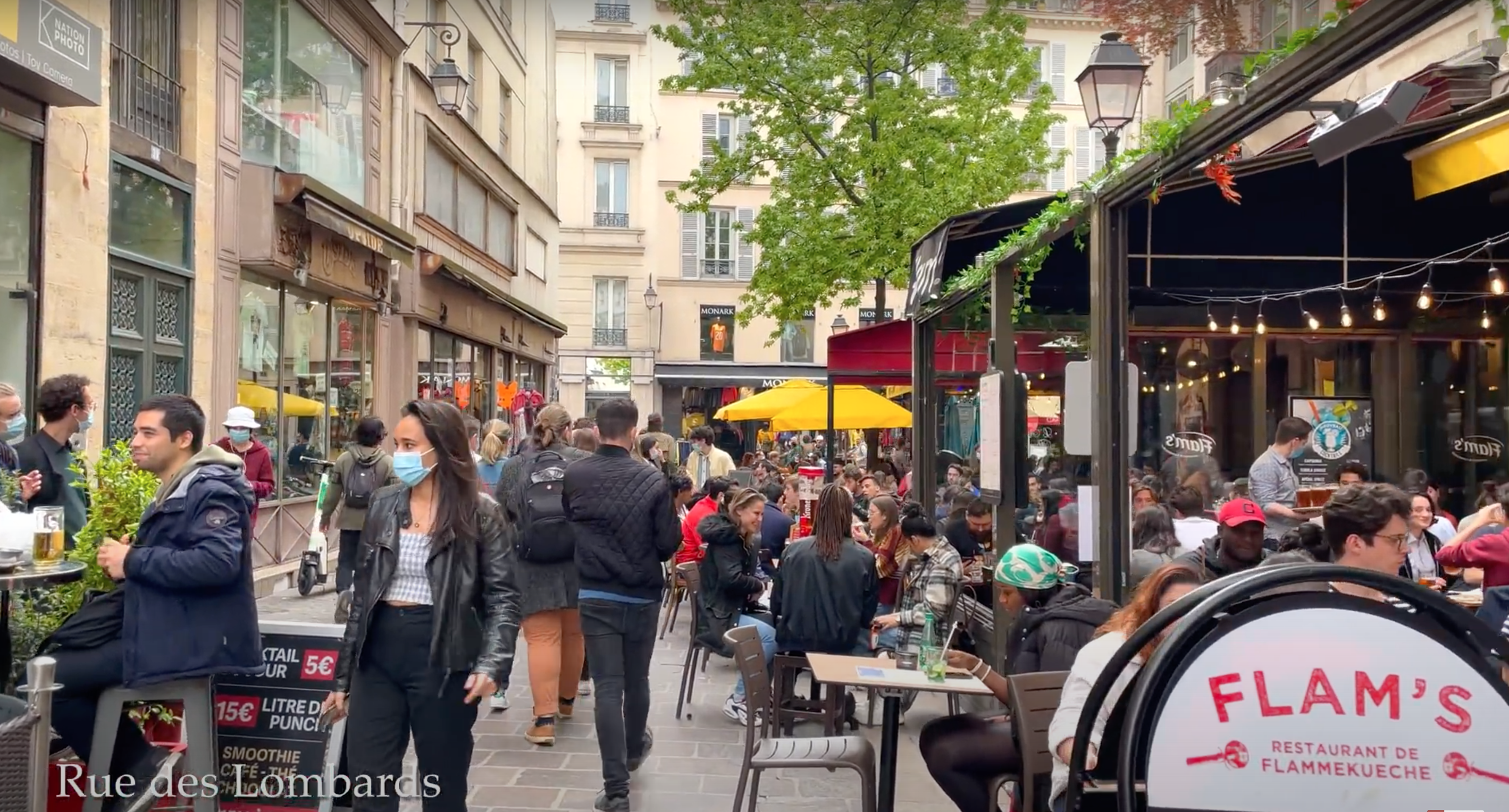 Paris reopens – Watch main attractions buzz live !!
